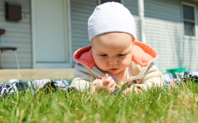 How to Encourage & Observe Baby's Eye Movements